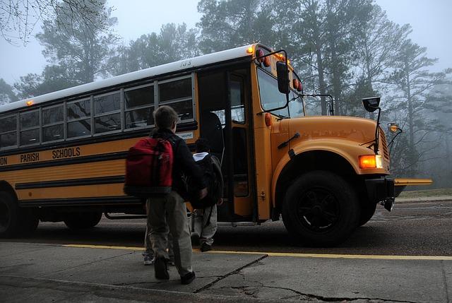 איך מעבירים נסיעה ממושכת באוטובוס?